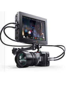 "Blackmagic Design Video Assist 4K 7""4"