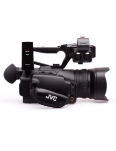 JVC GY-HM170E Camera Video 4KCAM handheld2