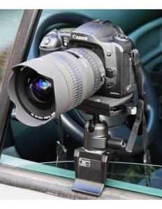 Manfrotto 243 adaptor DSLR pentru fereastra2