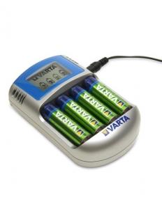 Incarcator Varta LCD 57070 + 4 acumulatori Varta 2600mah [1]