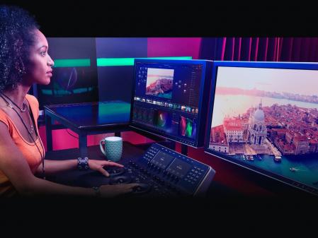 Blackmagic Design DaVinci Resolve Speed Editor + Davinci Resolve 17 Studio [5]
