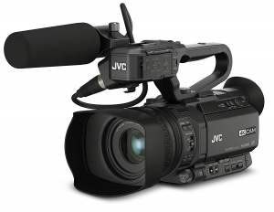 JVC GY-HM250E camera video 4K Live Streaming kit interviu3