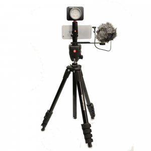 Manfrotto Kit pentru Vlogger LED6 Compact Action1