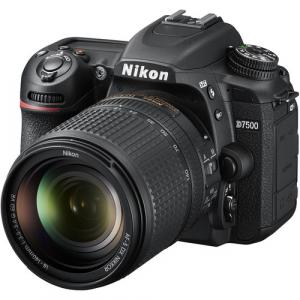 Nikon Kit Aparat foto DSLR D7500 cu Obiectiv 18-140mm F/3.5-5.6 G ED VR
