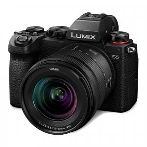 Panasonic Lumix S5 Kit cu Obiectiv 20-60mm F3.5-5.6 + CADOU0