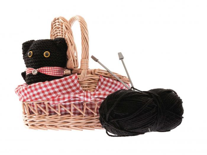 Cos cu andrele pentru tricotat [0]