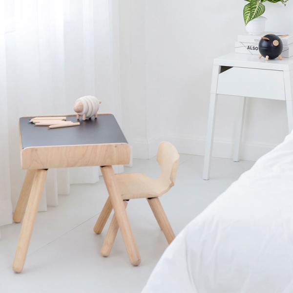 Set masa si scaun lemn [2]