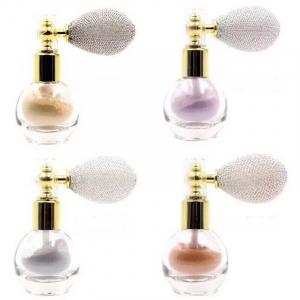 Pudra Parfumata cu Sclipici HUADI cu Spray de Pulverizare - 01 Ivory White1