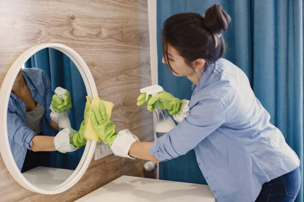 Cu ce se începe curățenia în casă?