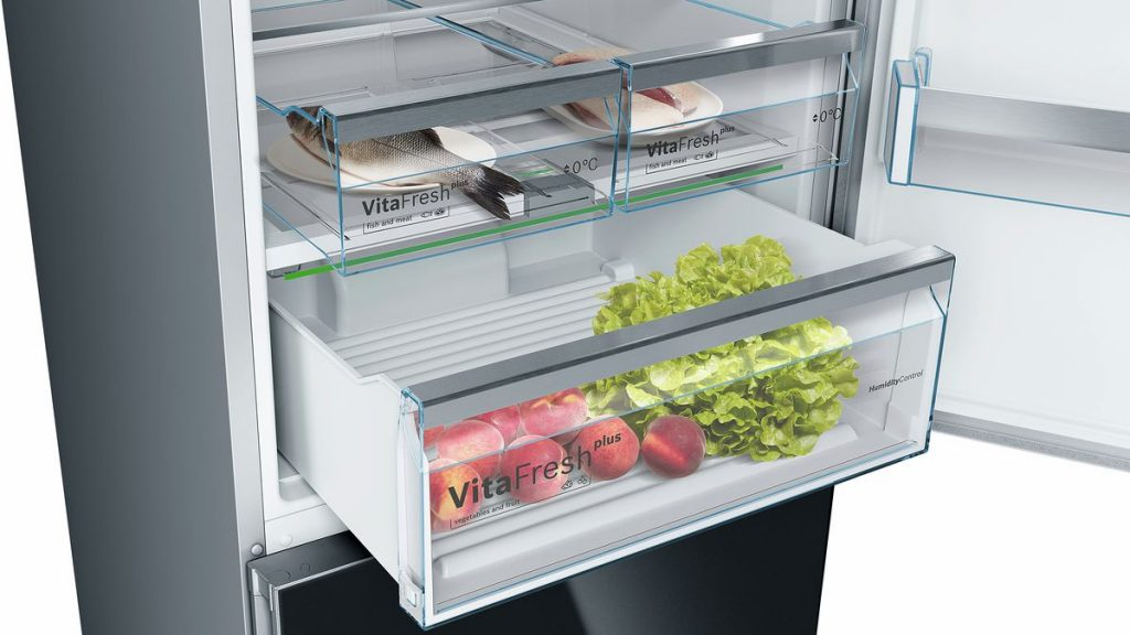 curatare frigider cu abur polti