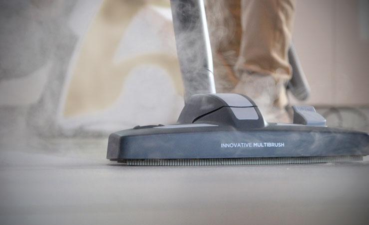 Aspirator cu abur: 5 greșeli care trebuie evitate în timpul curățeniei