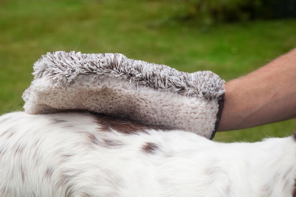 Manusa Premium E-Cloth din Microfibra pentru Ingrijire si Masaj Cani si Pisici, 23.5 x 17 cm 6