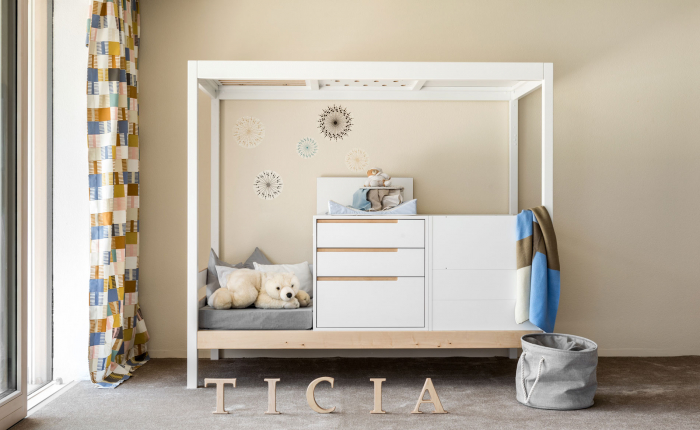 TICIA FOR ONE 1