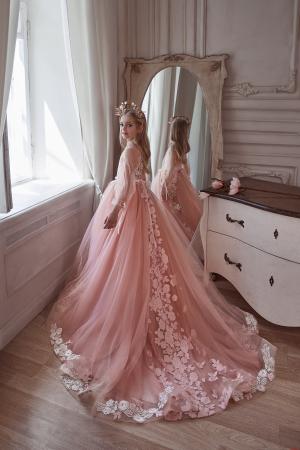 Rochie eleganta cu trena, Tull, Roz pal [1]