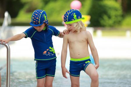 Costum de baie din doua piese, cu protectie  solara UV 50+4