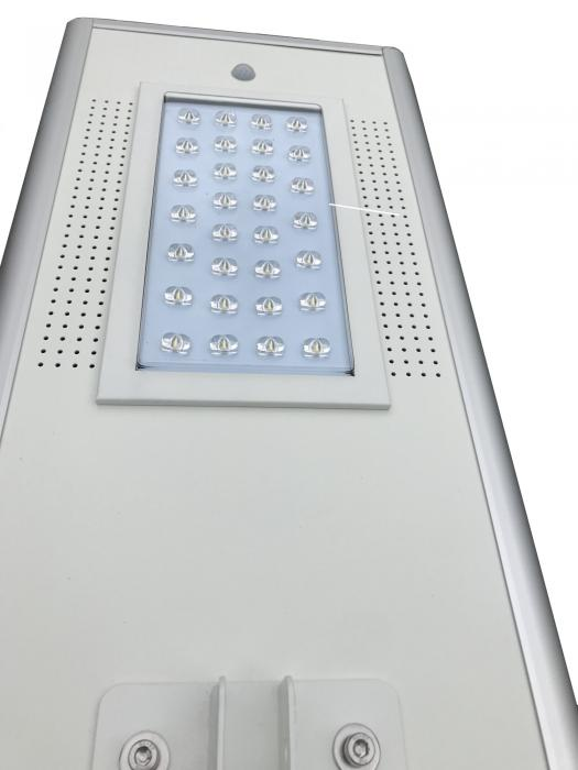 PowerSave street-side street-lighting system with Sunpower photovoltaic panel 86Wp, battery included and 50W LED-big