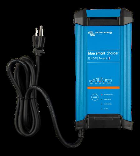 Blue Smart IP22 Charger 12/30(1) 230V UK-big