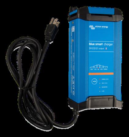 Blue Smart IP22 Charger 24/12(1) 230V CEE 7/70