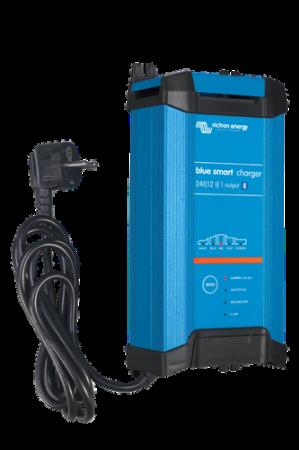Blue Smart IP22 Charger 24/16(1) 230V CEE 7/71