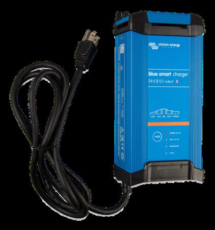 Blue Smart IP22 Charger 24/8(1) 230V CEE 7/70