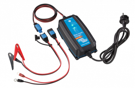 Blue Smart IP65 Charger 12/25(1) 230V CEE 7/160