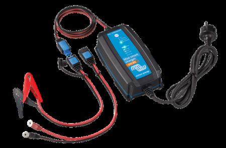 Blue Smart IP65 Charger 24/13(1) 230V CEE 7/160