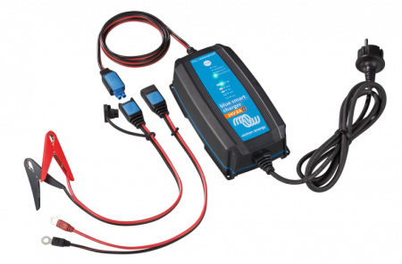 Blue Smart IP65 Charger 24/13(1) 230V UK0
