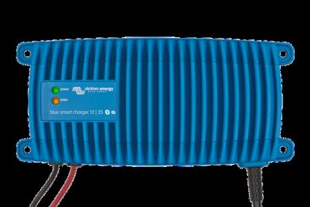 Blue Smart IP67 Charger 12/25(1) 230V CEE 7/71