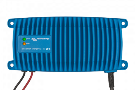 Blue Smart IP67 Charger 12/25(1+si) 230V CEE 7/71