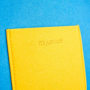 Geanta din fetru galben-bleu cu buzunare CuteBag3