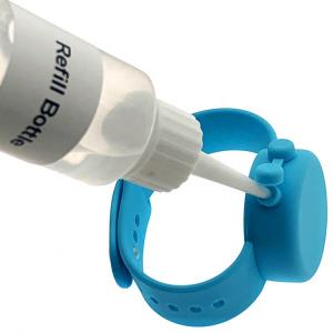 Bratara dispenser din silicon, pentru pastrarea gelului dezinfectant.2