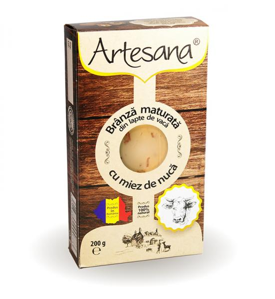 Brânză maturată din lapte de vacă cu miez de nuca 200g - Artesana 0
