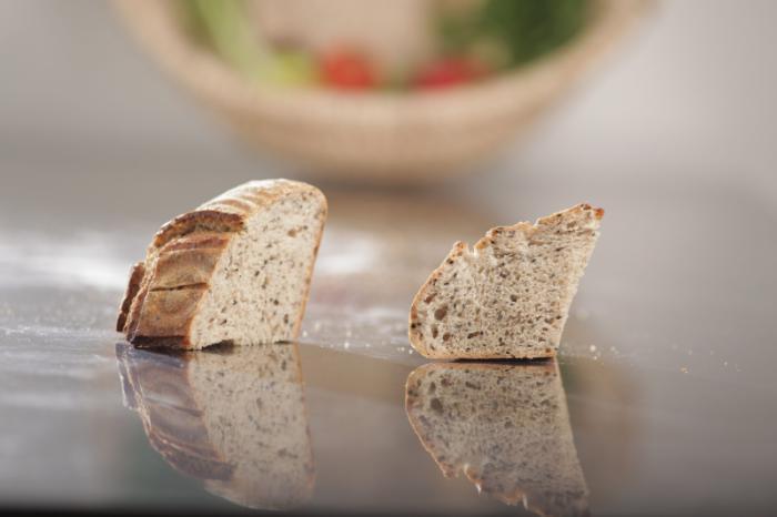 Pâine integrala cu susan negru 600g - MamaPan 0