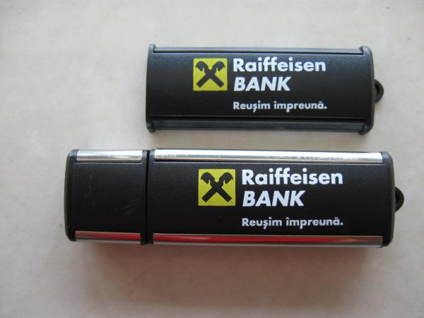 Memory stick USB personalizat din plastic cu margini metalizate 1