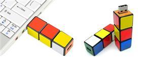 Stick USB cub RUBIK personalizat 3