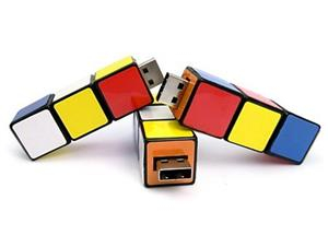 Stick USB cub RUBIK personalizat 2