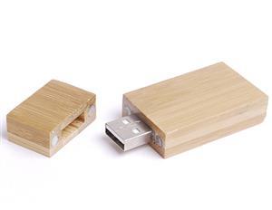Stick USB din lemn 2