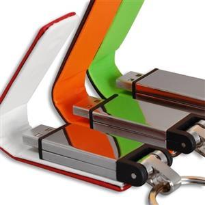 Stick USB din metal, cu clapetă din piele 1