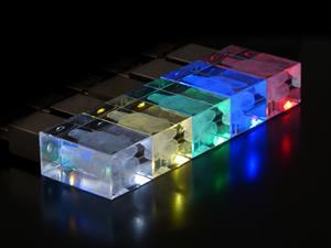 Stick USB personalizat 3D, din CRISTAL transparent 4