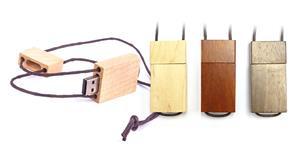 Stick USB personalizat din lemn, cu șnur 1