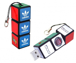 Stick USB cub RUBIK personalizat0