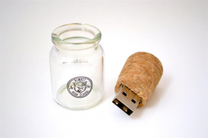 "Stick USB ""Message in a bottle""0"
