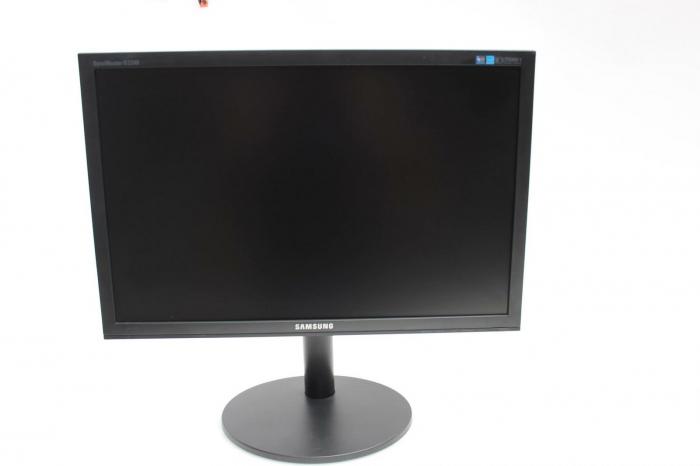 "Monitor Samsung SyncMaster LS22CBKMBV 22"" LCD HD, 5ms, 300cd/m2, VGA, DVI-D,negru 0"