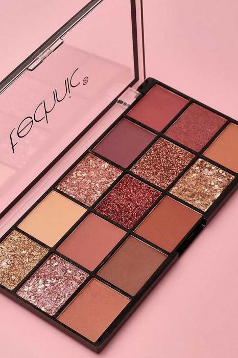 Paleta Profesionala de Farduri Technic 15 Pressed Pigment Palette, Invite Only, 15 Culori, 21.9 g-big