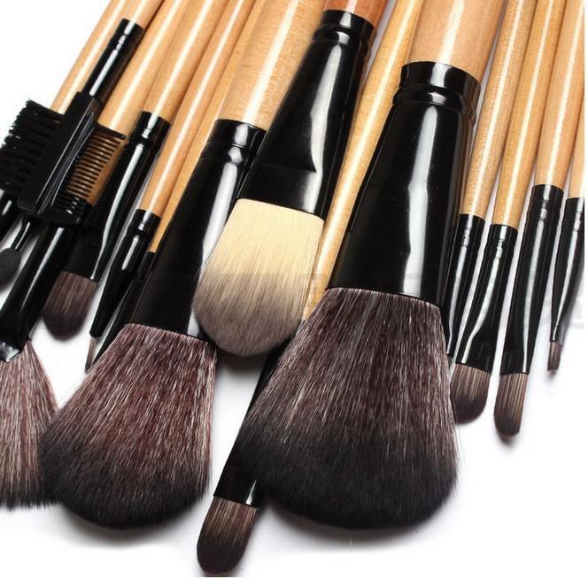 Set de 15 Pensule Profesionale pentru machiaj Top Quality Natural Wood-big