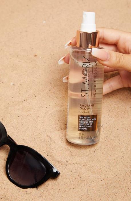Spray Autobronzant Profesional pentru ten ST MORIZ Advanced PRO Formula cu Vitamina E si Aloe Vera, Radiant Glow, 150 ml-big