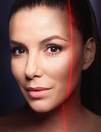Crema contur ochi anti-rid L'Oreal Paris Revitalift LASER RENEW, cu Acid Hyaluronic, 15 ml3