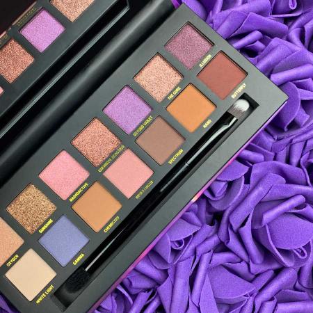 Paleta farduri W7 Violet Lights Neutrals Gone Wild, 14 culori, 9.6g1