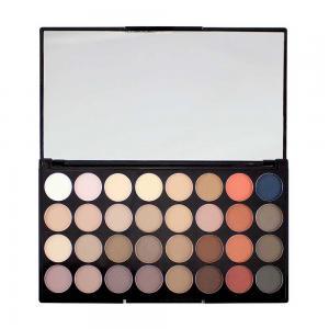 Paleta Cu 32 Farduri Mate Makeup Revolution - Flawless Matte 21
