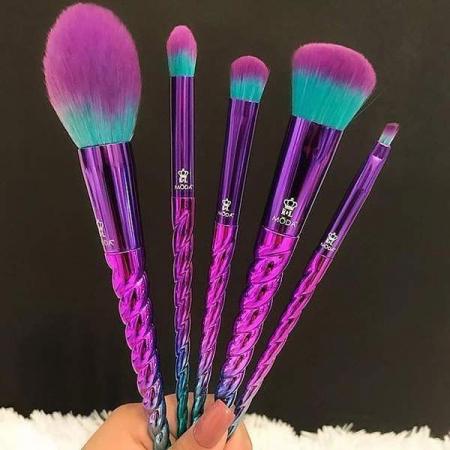 Set 5 pensule profesionale Royal & Langnickel MODA Mythical Kit, Sky Traveler4